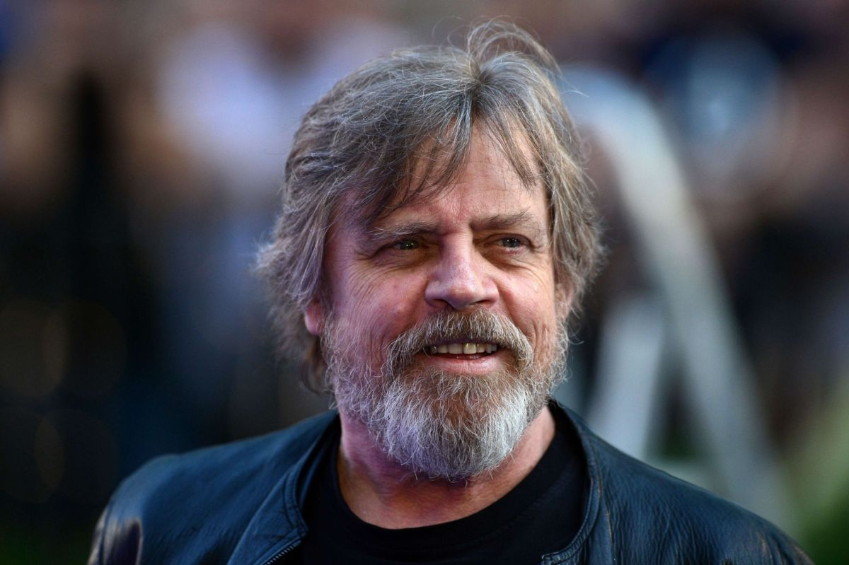 Hamill to moderate Bernie v Trump