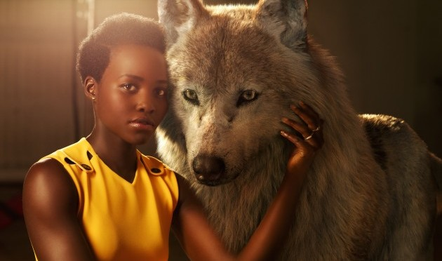 Jungle Book stars pose with their characters