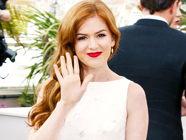 Isla Fisher pens Marge in Charge