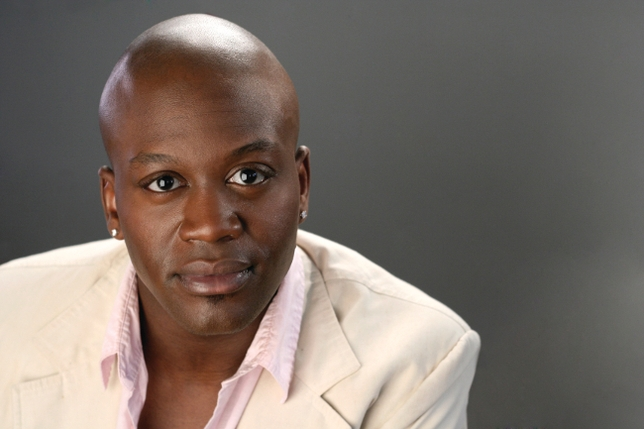Kimmy Schmidt's Titus heads to the UK