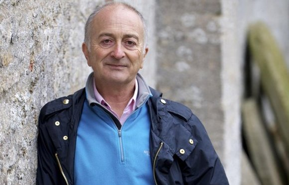 Tony Robinson is writing his memoirs