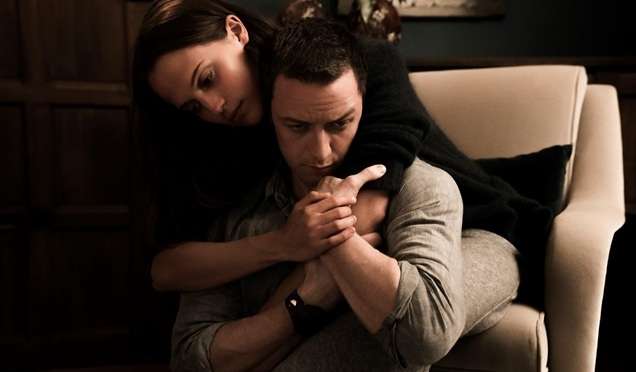 McAvoy and Vikander in Submergence