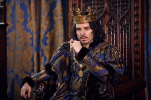 WARNING: Embargoed for publication until 00:00:01 on 08/05/2016 - Programme Name: The Hollow Crown: The Wars Of The Roses - TX: n/a - Episode: The Hollow Crown: The Wars Of The Roses (No. Henry VI Part 2) - Picture Shows: *STRICTLY NOT FOR PUBLICATION UNTIL SUNDAY 8TH MAY, 2016* King Louis (ANDREW SCOTT) - (C) Carnival Film & Television Ltd - Photographer: Robert Viglasky