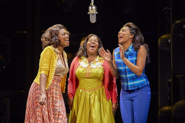 Photos: Amber Riley and the cast of Dreamgirls