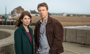 ITV BROADCHURCH SERIES 3 Pictured: ANDREW BUCHAN as Mark and JODIE WHITTAKER as Beth. This photograph is (C) ITV Plc and can only be reproduced for editorial purposes directly in connection with the programme or event mentioned above. Once made available by ITV plc Picture Desk, this photograph can be reproduced once only up until the transmission [TX] date and no reproduction fee will be charged. Any subsequent usage may incur a fee. This photograph must not be manipulated [excluding basic cropping] in a manner which alters the visual appearance of the person photographed deemed detrimental or inappropriate by ITV plc Picture Desk. This photograph must not be syndicated to any other company, publication or website, or permanently archived, without the express written permission of ITV Plc Picture Desk. Full Terms and conditions are available on the website www.itvpictures.com For further information please contact: Patrick.smith@itv.com 0207 1573044