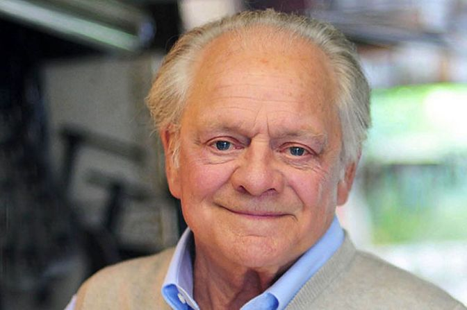Sir David Jason to pen second book