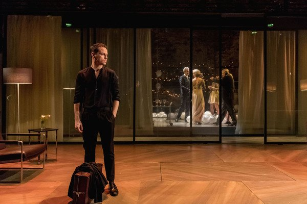 First look: Andrew Scott's Hamlet arrives in the West End