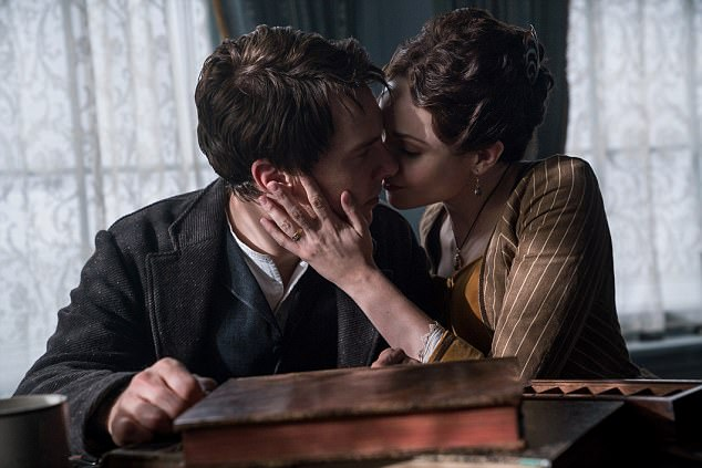 First look: Benedict Cumberbatch in The Current War