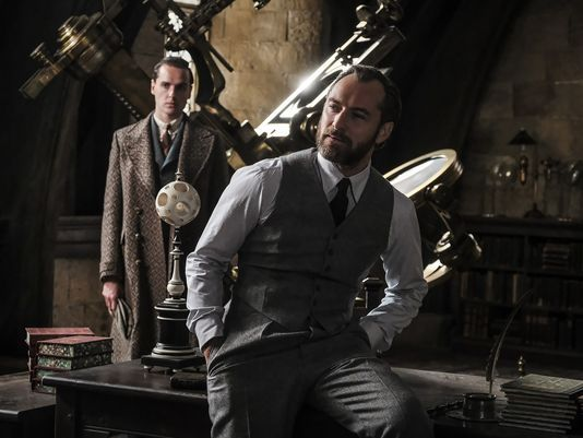 New images from Mary Poppins Returns, Fantastic Beasts 2