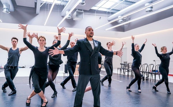 First look: Cuba Gooding Jr in rehearsal for Chicago