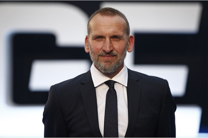 Christopher Eccleston is writing his memoirs