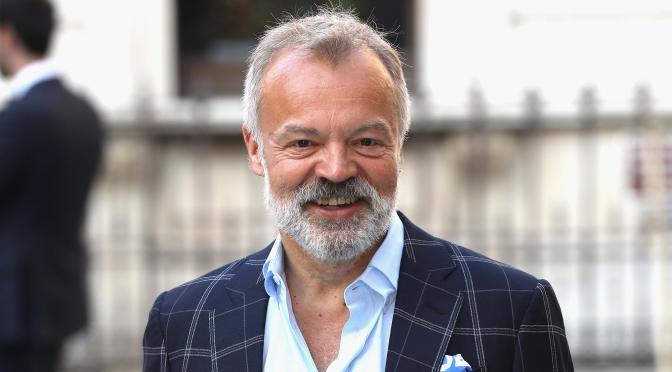 Graham Norton to write third novel